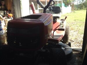 Rover ride on mower Chambers Flat Logan Area Preview