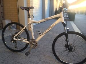 Giant Talon XC All Terrain Bike Ridgewood Wanneroo Area Preview