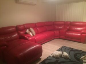 Genuine leather lounge Benowa Gold Coast City Preview