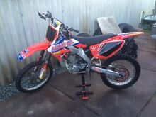 Crf250 great condition Noranda Bayswater Area Preview