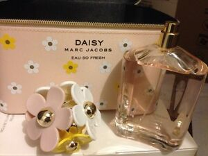 Marc Jacobs Daisy Gift Box Redcliffe Belmont Area Preview