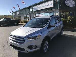 2017 Ford Escape SE CLEAN CARFAX/ONE OWNER/4X4/LOADED/KEYLESS...