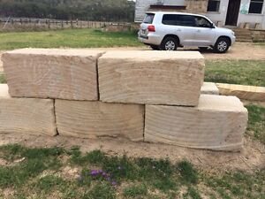 Sandstone retaining walls Mango Hill Pine Rivers Area Preview