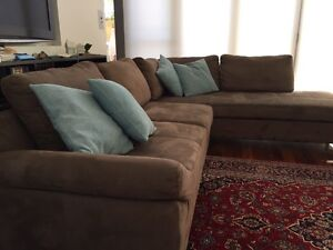 Modular L-shaped couch with chase Subiaco Subiaco Area Preview