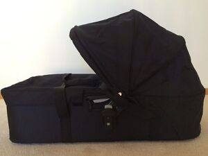 Baby Jogger Compact Bassinet Plus Attachments Horsley Wollongong Area Preview