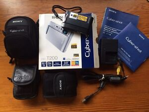 *AS NEW* Sony Cyber-shot T200 digital camera + extras Ringwood Maroondah Area Preview