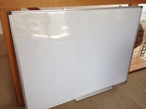 Big Magnetic Whiteboard 900mm x 1200mm Bar Beach Newcastle Area Preview