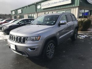 2017 Jeep Grand Cherokee Limited 4X4/LOADED/ALLOYS/LEATHER/