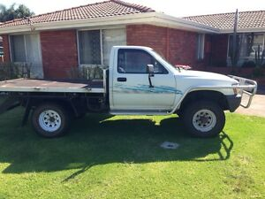 1990 Hilux Bunbury Bunbury Area Preview