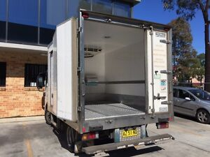 Refrigerated truck ISUZU NNR200 Prestons Liverpool Area Preview