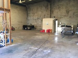 205m2 warehouse plus mezzanine Nerang Gold Coast West Preview
