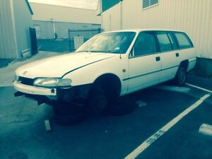 Vr berlina commodore wagon wrecking Wollongong Wollongong Area Preview