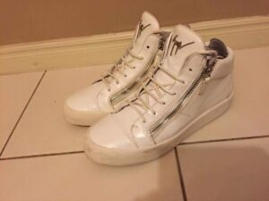 Giuseppe zanotti leather trainers  8out10  condition