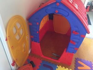Indoor/outdoor cubby house Woodrising Lake Macquarie Area Preview
