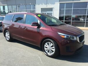 2018 Kia Sedona LX+ 65127 kms - Save $10,000