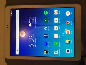 Selling  Galaxy Tab S2 almost new !!! Gungahlin Gungahlin Area Preview
