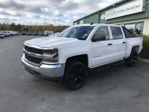 "2016 Chevrolet Silverado 1500 1LT 4X4/CREWCAB/NEW 22"" RIMS AN..."