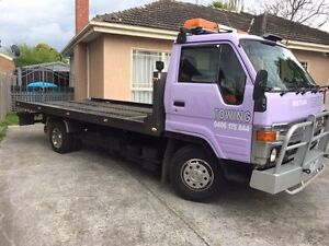 Toyota Dyna towing truck $22000 Noble Park Greater Dandenong Preview