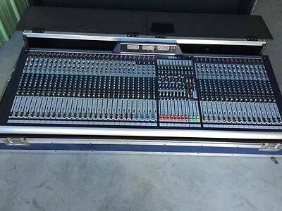Live Sound Console - Soundcraft GB8-40 Live Sound / Recording 40-Channel Console Mixer with road case