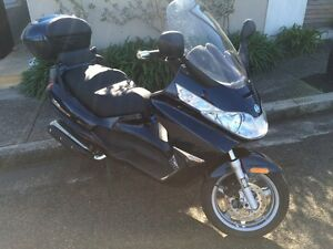 Piaggio X8, 400cc, 12 months rego, heaps of extras Dover Heights Eastern Suburbs Preview