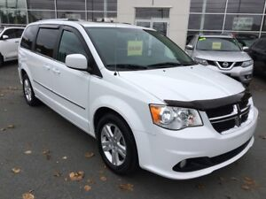 2015 Dodge Grand Caravan Crew Only 17849 kms!  One Owner!