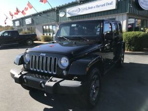 2017 Jeep Wrangler Unlimited Sahara CLEAN CARFAX/ONE OWNER/4X...