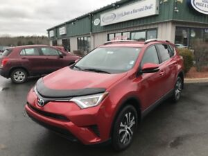 2016 Toyota RAV4 LE CLEAN CARFAX/HEATED SEATS/BACKUP CAMERA/B...