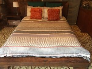 Quality timber queen bed and two bedside tables Engadine Sutherland Area Preview