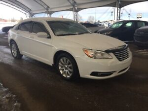 2013 Chrysler 200 Touring HEATED SEATS, CLOTH, UNDER $10,000
