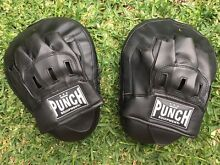 Boxing gloves and pads Miranda Sutherland Area Preview