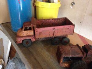 Old tin toys Port Sorell Latrobe Area Preview