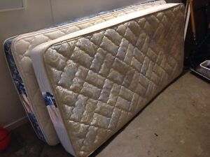FREE Single Bed Mattresses x 2 Taringa Brisbane South West Preview