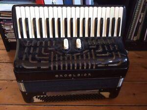 Excelsior piano accordion Ballarat Central Ballarat City Preview