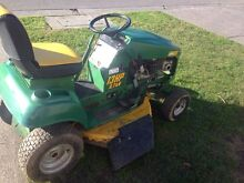 Ride on mower COX lawn boss 13 hp automatic Narre Warren South Casey Area Preview