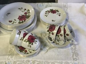 Alfred Meakin England Dinner Set Ipswich Ipswich City Preview