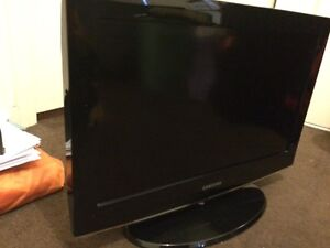 """SAMSUNG 26""""INCH HD LCD TV WITH FREE SONY DVD PLAYER St Albans Brimbank Area Preview"""