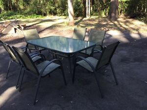Free outdoor dining table with 6 chairs Medowie Port Stephens Area Preview