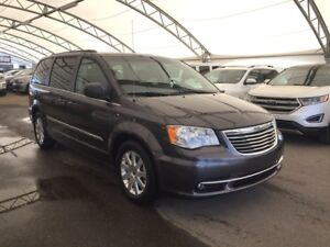 2015 Chrysler Town & Country Touring CLOTH, REAR VISION CAMER...