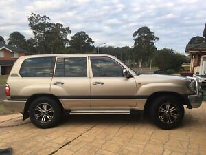Land cruiser 100 series 2003 Medowie Port Stephens Area Preview