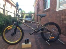 """Mongoose Culture 20"""" BMX Bicycle Beverly Hills Hurstville Area Preview"""