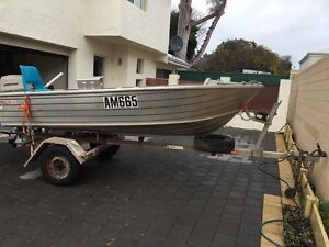 Dingy  BARGAIN Innaloo Stirling Area Preview