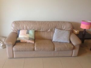 Sofa Cairns North Cairns City Preview