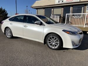 2013 Toyota Avalon Limited CLEAN CARFAX!