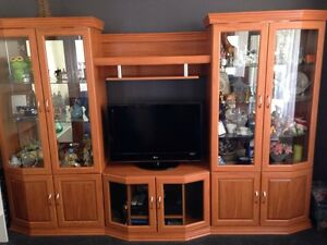 Tv entertainment unit / wall unit or display cabinet for sale Gwandalan Wyong Area Preview