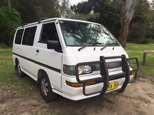 Mitsubishi Starwagon van 8 seater people mover backpacker Narara Gosford Area Preview