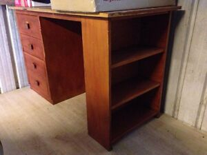 Solid Timber Desk - FREE !!! Monterey Rockdale Area Preview