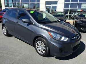 2012 Hyundai Accent GL Hatchback. One Owner! New MVI!