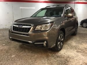 2017 Subaru Forester 2.5i Touring - Sunroof - AWD