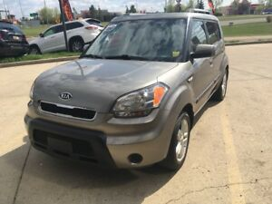2010 Kia Soul 2.0L 2u Power Windows, Anti-Lock Brakes (ABS),...