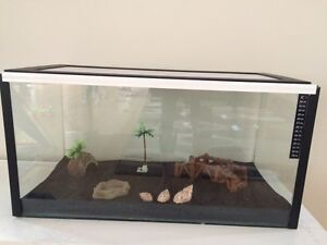 CRAZY CRAB TANK AND HEAT PAD Byford Serpentine Area Preview